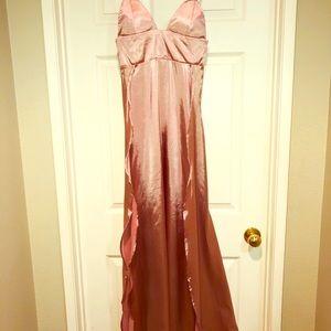 Dresses & Skirts - Blush colored high slit floor length dress